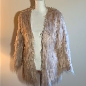 Lanshifel light pink faux fur jacket